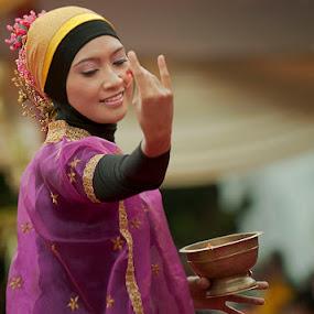 wedding ceremony dance  by Arief Siswandhono - Wedding Ceremony