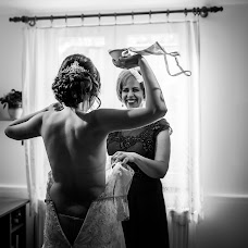 Wedding photographer Denisa-Elena Sirb (denisa). Photo of 25.10.2017