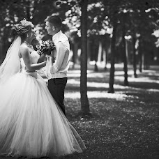 Wedding photographer Denis Tarasov (magicvideo). Photo of 12.08.2017