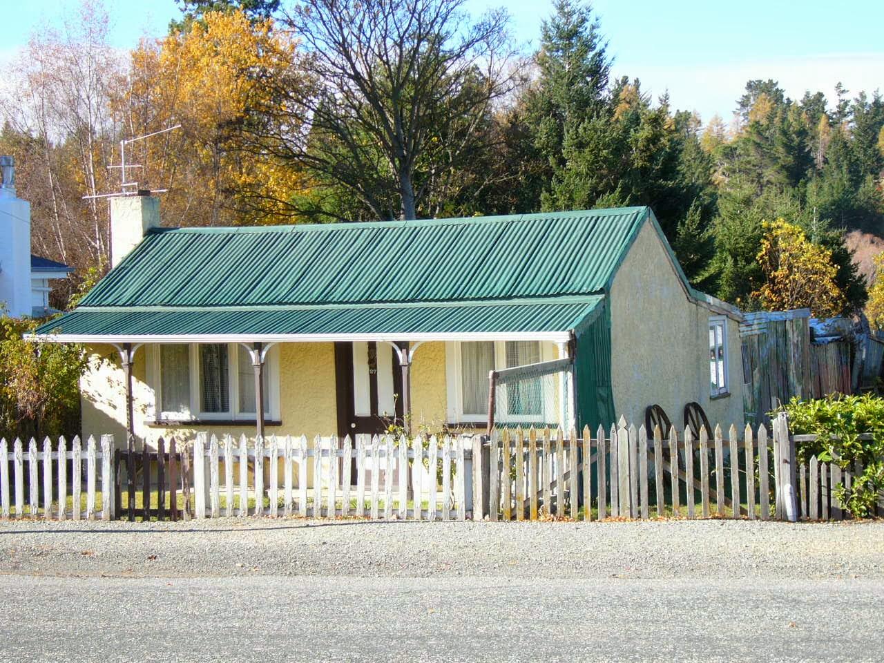Photo: Naseby miner's cottage