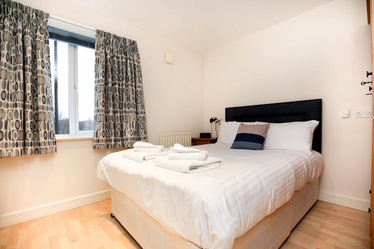Double bed bedroom at High Quay