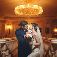 Wedding photographer Oleg Desyatnikov (10nikov). Photo of 06.03.2014