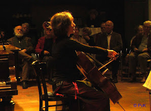 Photo: Concert nr. 1  De celliste Timora Rosler in opperste concentratie...