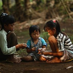 Discuss by Jaya Prakash - Babies & Children Children Candids