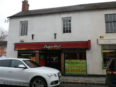 Pizza Hut Delivery On Aldergate Pizza Takeaway In Tamworth