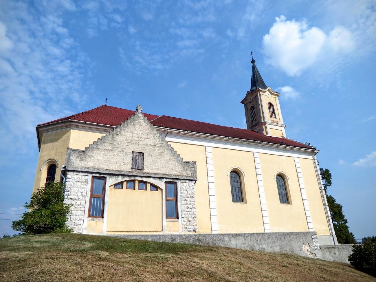 Veszprém - Gyulafirátóti Nepomuki Szent János rk. templom