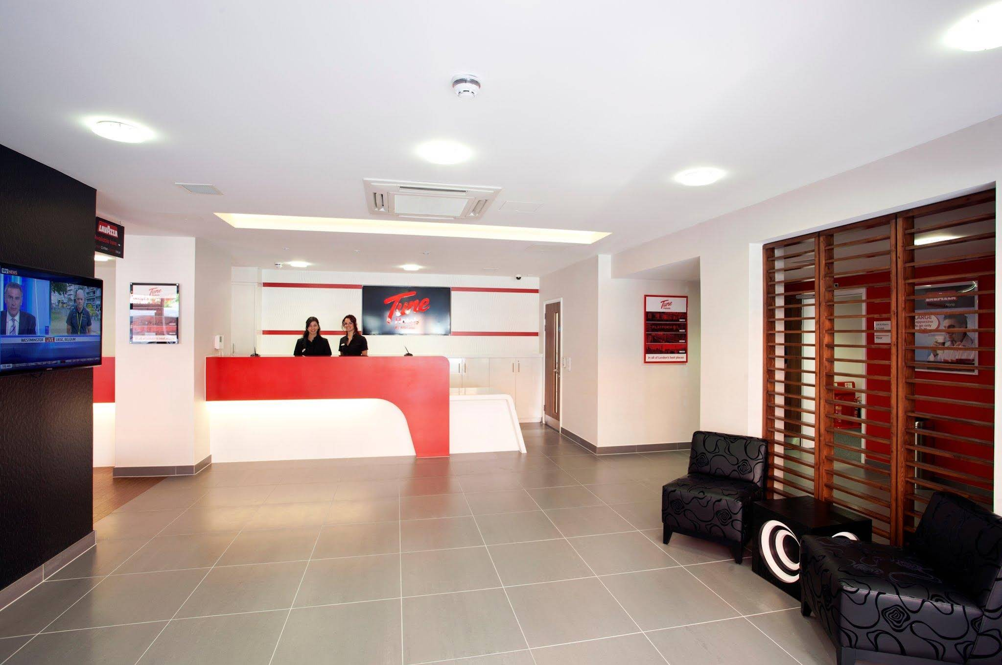 Tune Hotel - Paddington London