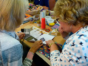Photo: A workshop to decorate a box with canvaswork