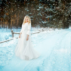 Wedding photographer Alena Polonskaya (AlenaPolonskay). Photo of 24.12.2015