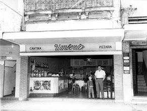 Photo: Cantina e Pizzaria Umberto. Localizava-se na Rua do Imperador. Foto sem data