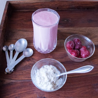 Strawberries 'N' Cream Protein Smoothie