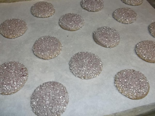 Bake at 350ºF for approximately 10 minutes for softer cookie to 12-13 minutes for...