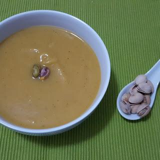 Pumpkin, Lentils and Apple creamy soup (gluten free)