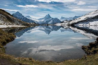 Photo: Bachalpsee mit Blick auf Schreckhorn, Grindelwald, Switzerland