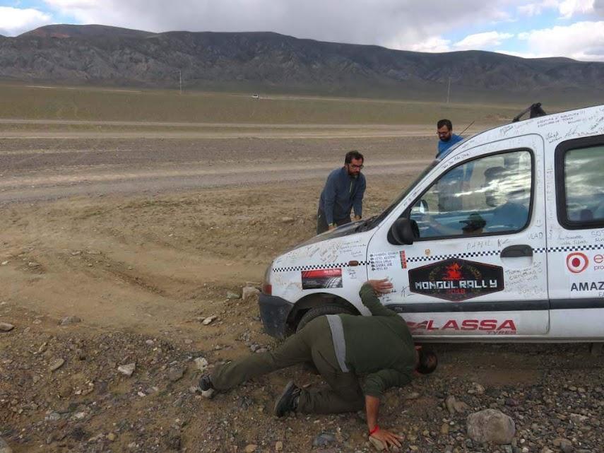 Dia 41 – As águias e montanhas do Altai, as estepes e a adrenalina das estradas da Mongólia 🇲🇳 | Crónicas do Rally Mongol