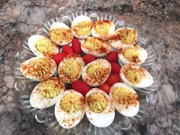 Simple and Delicious Deviled Eggs