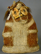 Photo: african mask-costume