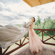 Wedding photographer Elya Minnekhanova (elyaru). Photo of 13.08.2016