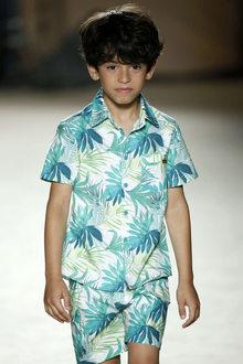 défilé mode enfant Condor look hawaien garçon