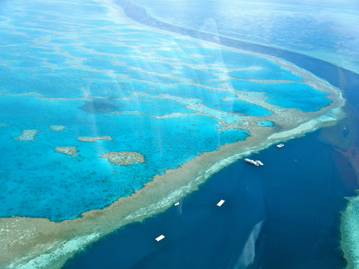 Whitsunday-Islands-Great-Barrier-Reef - Helicopter ride over the Whitsunday Islands in Australia's Great Barrier Reef.