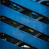 ...the blue stairs di