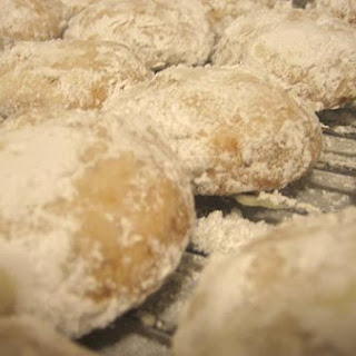 Hazelnut Tea Cookies