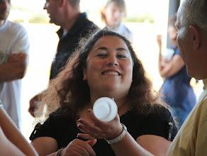 Photo: Rosalie plus souriante .... après quelques verres vidés.
