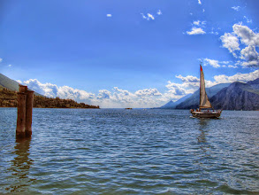 Photo: Lago di Garda  #lagodigarda  #gardasee  #gardameer  #lakegardaitaly