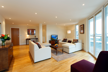 Quadrant Walk Apartments in Trinity Towers at Canary Wharf