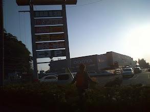 Photo: 保田のスーパー「おどや」でつまみなど買い出し