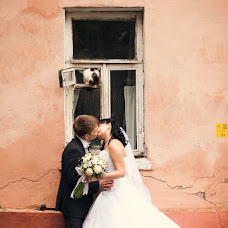 Wedding photographer Vladimir Zinovev (LoveOneDer). Photo of 23.11.2013