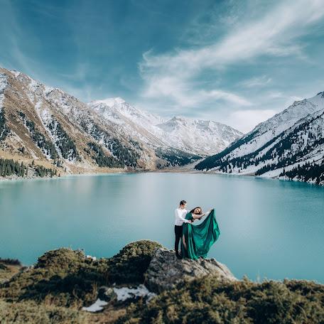 Wedding photographer Asylbek Imandosov (rrabbitson). Photo of 20.01.2018