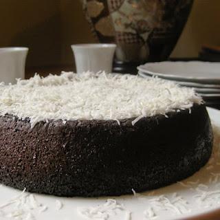 Fantastic Flourless Chocolate Hazelnut Cake