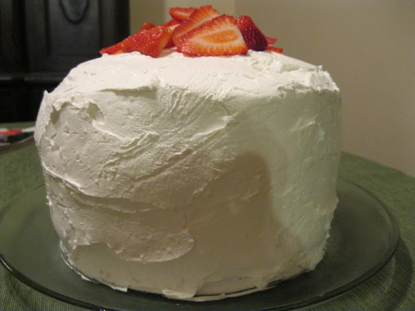 Cream-filled Strawberry-brownie Cake Recipe