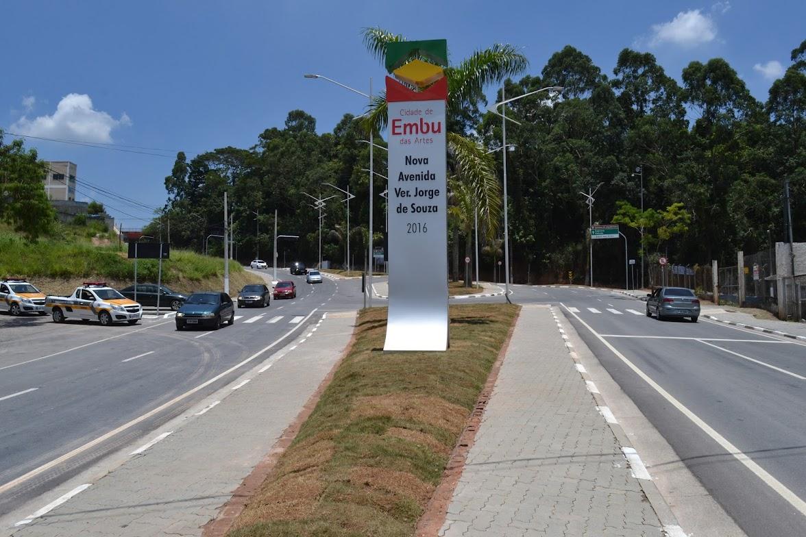 Av. Jorge de Souza é entregue à população da cidade