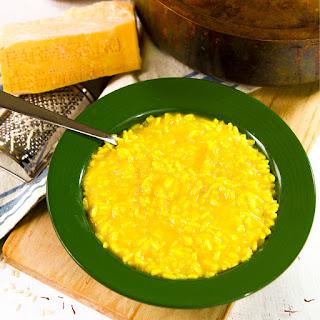 RISOTTO MILANESE recipe and history (Italian saffron rice)
