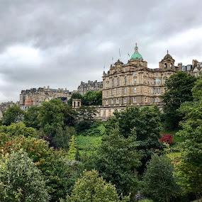 Edinburgh  by Roxana McRoberts - Instagram & Mobile iPhone ( castles )