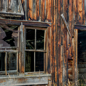 Abandoned window 091918 by Anthony Balzarini - Buildings & Architecture Decaying & Abandoned ( #farmhouse, #hdr, #abandoned, #window, #broken, #photography, #outdoor,  )