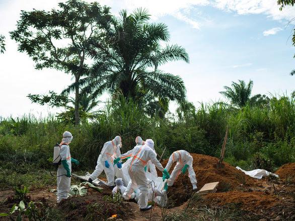 Dịch Ebola gây nên nỗi sợ hãi cho người dân châu Phi