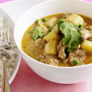 Chicken and Pea Yellow Curry.