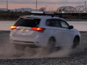 アウトランダーPHEV Gリミテットエディション特別仕様車2018年式のカスタム事例画像 cancerさんの2019年12月17日10:55の投稿