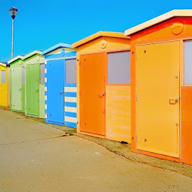 Beach Huts. by Michael Jenkinson Gay - Novices Only Street & Candid ( sand, color, sea, beach, chalet )