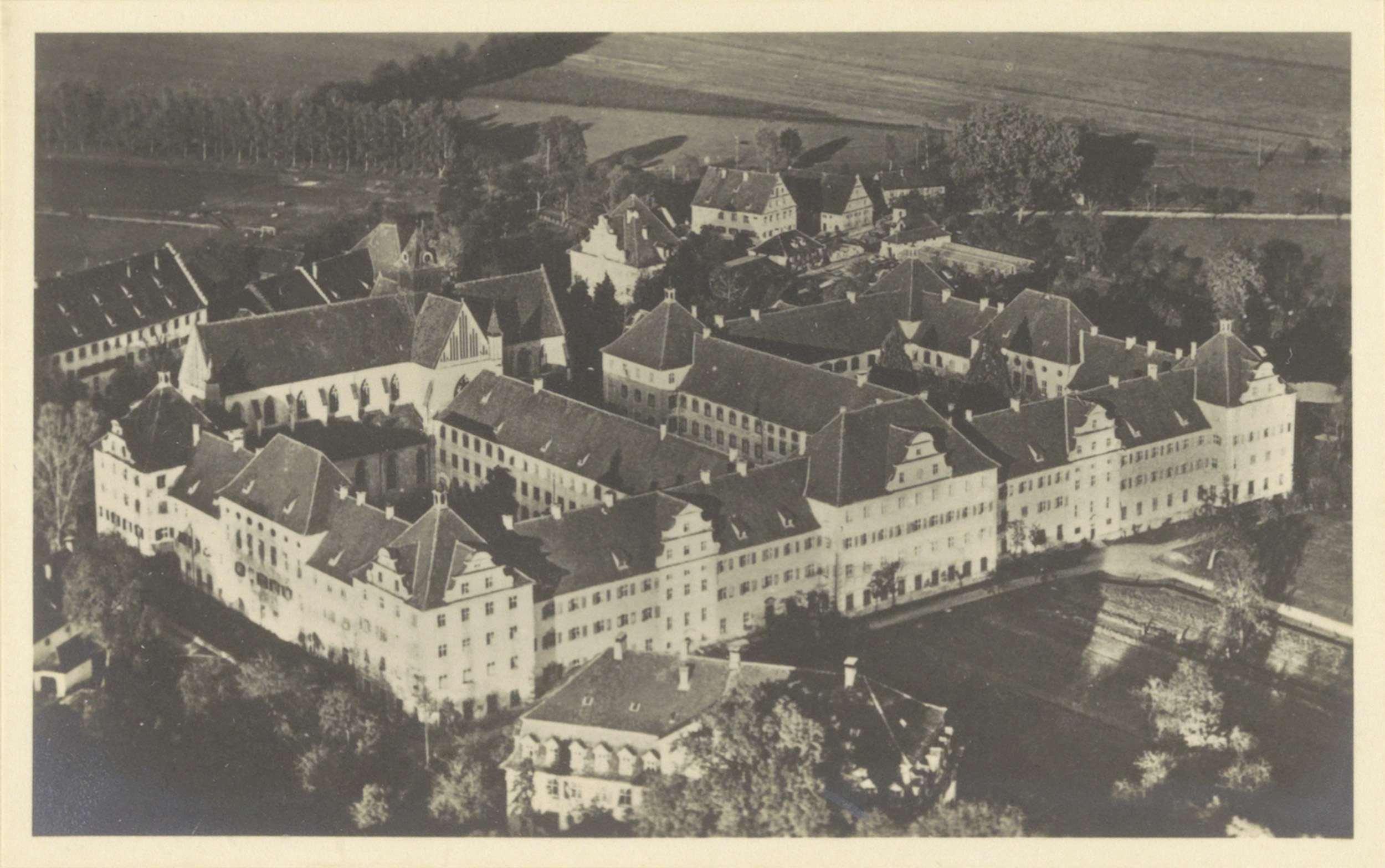 Luchtaanzicht van de gebouwen van Schule Schloss Salem
