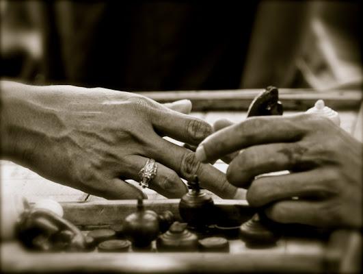 Le mani di sina