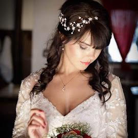 Beauty  by Kevin Leeuw - Wedding Bride ( #wedding #bride #weddingvibes #weddingday #beautifull #isaidyes #bridetobe )