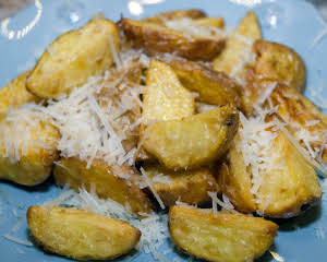 Side Essentials: Dill-Flavored Golden Potatoes