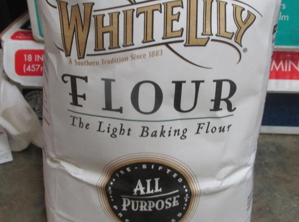 PLEASE NOTE: Because white Lily flour is a winter wheat flour, and is much...
