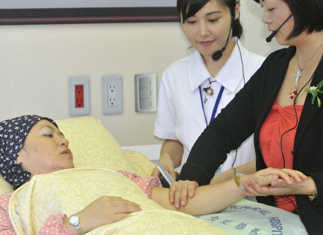 患者往進安寧病房,會得到最舒服的治療。 本報資料照片