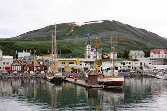 Photo: Húsavík - malownicze miasteczko rybackie słynne z wypraw na obserwację wielorybów.