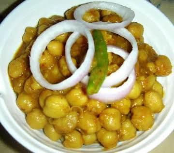Chole / Chana masala (chickpeas Punjabi style)
